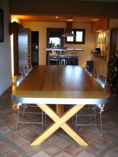 Table de cuisine en bois et inox brossé